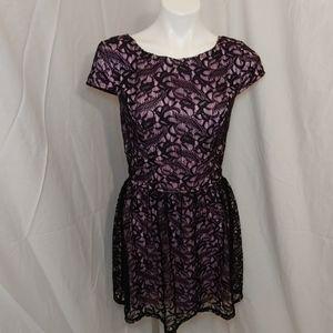 🎁Lavender & Black lace capsleeve dress sz 9